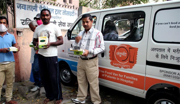 Meal Donations Delhi Free Food Van for Families of Patients in the Hospitals