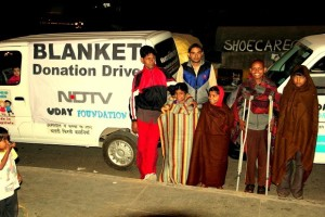 Donate-Old-Clothes-in-Delhi (1)